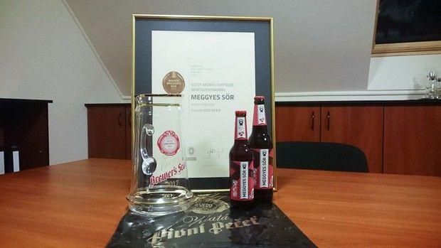 A szentandrási meggyes sör nyert bronzot a sör hazájában