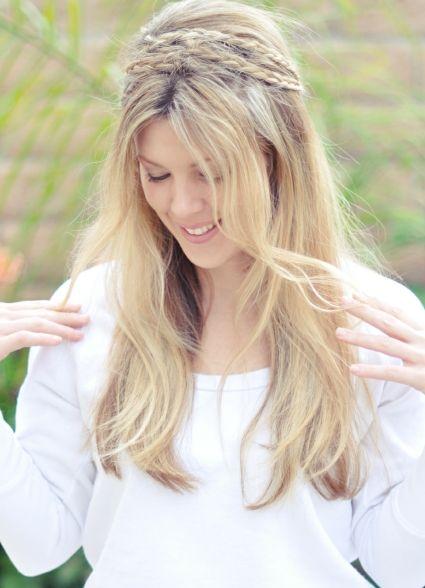 Peinado de novia con trenzas sueltas de Love Meagan