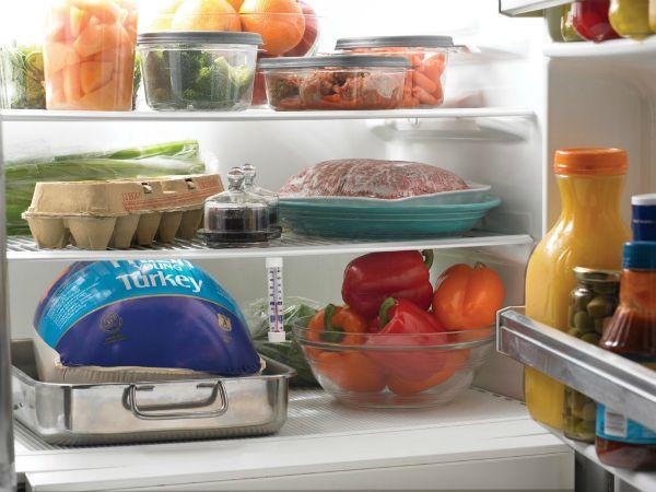 Простые правила идеального холодильника Если вы хотите, чтобы продукты хранились долго, холодильник не обмерзал и вам не пришлось бы его постоянно отмывать — воспользуйтесь нашими советами по правильному хранению в холодильнике.