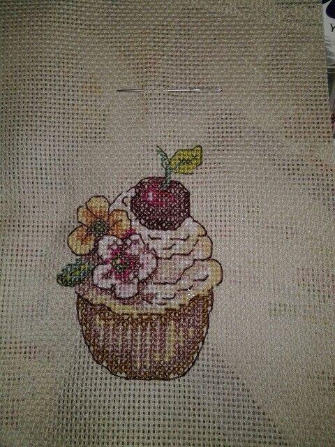 #crossstitch#cupcake