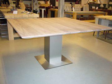 SILO 6 | Vierkante eettafels | Eiken | Teak | Walnoten | Tafel | Tafels