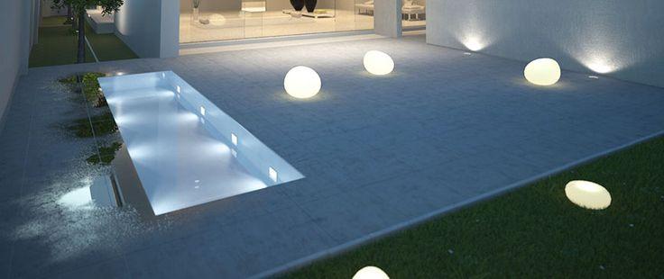 dei faretti e delle sfere led che illuminano un esterno  Illuminazione Led Per Esterni ...