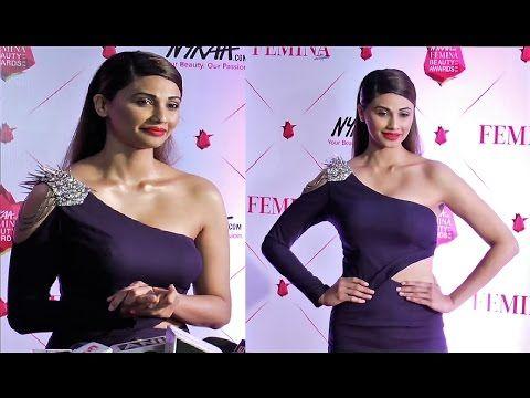 #DaisyShah @ Nykaa Femina Beauty Awards 2017.    Click here to see full video > https://youtu.be/c2KV37o7P0k  #daisyshah #bollywood #bollywoodnews #bollywoodgossips #bollywoodnewsvilla