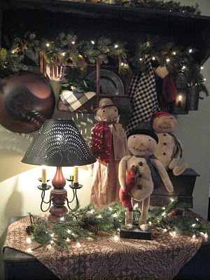 The Patriot Homeplace: December 2010 Lots of prim Christmas decorating ideas