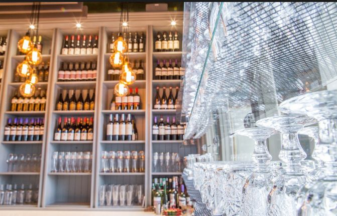 Pristine bar in Dun Laoghaire 😍😍