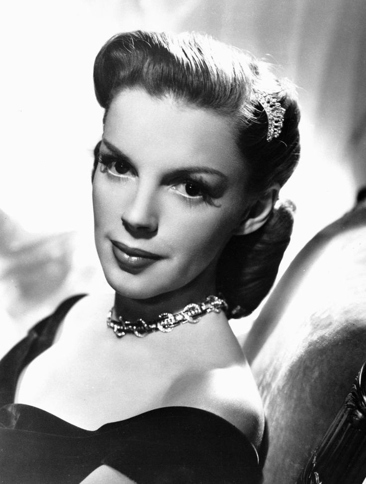 the life and career of judy garland Tragically, judy garland's life is already assembling into that tried and true   prior to rearing her daughters and focusing on judy's career.