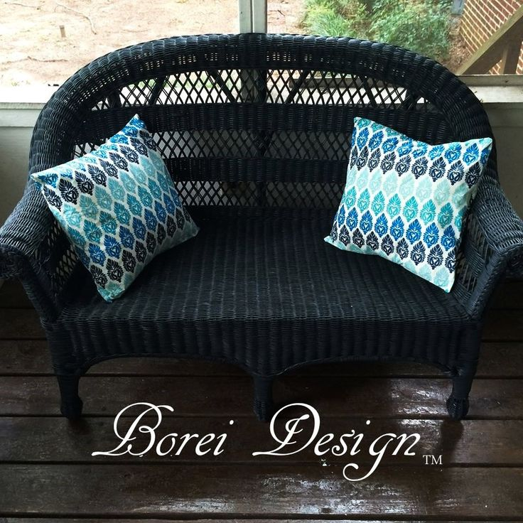 DIY Picnic Table Cloth Outdoor Pillows & Garage Sale Wicker Upcycle