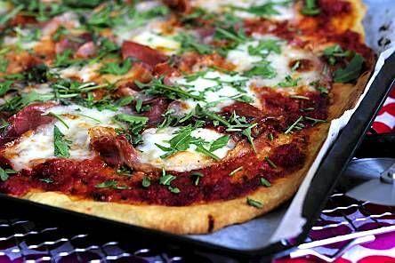 Pizza con prosciutto di Parma e rucola - Reseptit - Ilta-Sanomat