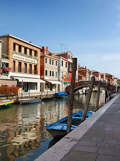 The entire city of Venice -- all 118 islands -- is considered a UNESCO World Heritage Site, in large part for the extraordinary architecture. Explore this amazing city, and all of its canals, during a Italy cooking vacation.