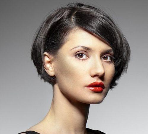 Formale kurze Haarschnitte für Frauen