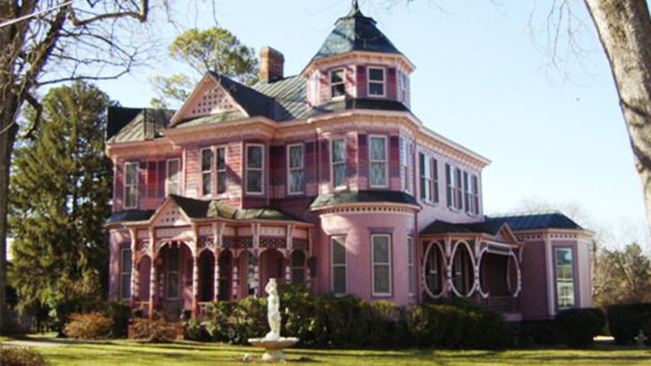 "5 Pink Victorians to Fall in Love With This Valentines Day: Skip the dozen roses this year! Nothing says ""I love you"" more than a big, Victorian house painted in Cupids signature color. - Gardening Rustic"