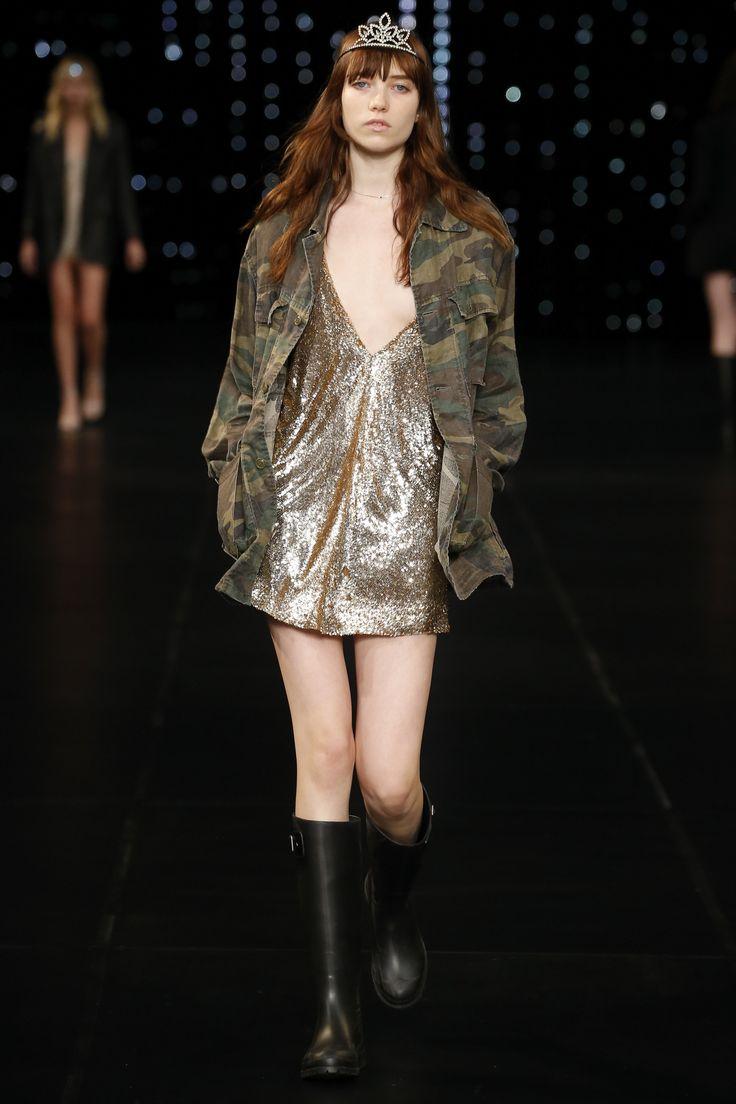 Saint Laurent Spring 2016 Ready-to-Wear Fashion Show - Grace Hartzel (Next)