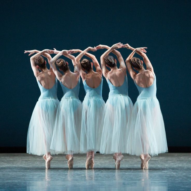 Miami City Ballet dancers in Balanchine's Serenade - Photo © Alexander Iziliaev