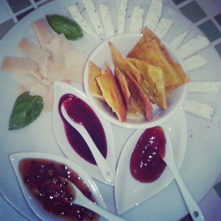 degustazione di formaggi | Como en mi casa Art Cafè | Costa Rica  #formaggi #degustazione #artcafè #costarica #foodtripandmore
