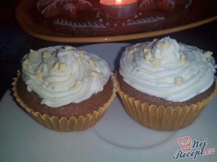 Muffinky s tvarohovým krémem