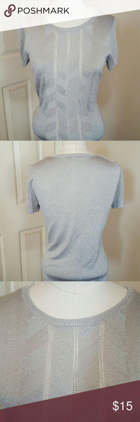 Metallic silver short sleeve knit top Light gray metallic lightweight sweater.  Chevron pattern detail in fabric, down center of the top. Banana Republic Tops