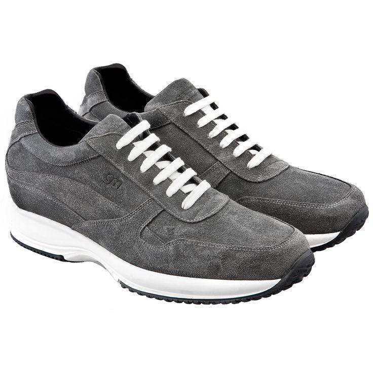 Sneakers con rialzo interno fino a 10 centimetri per aumentare la statura con stile e comodità - modello Copenaghen  http://www.guidomaggi.it/a-i-2014-15/copenaghen-detail#.U8fZb5R_uSo