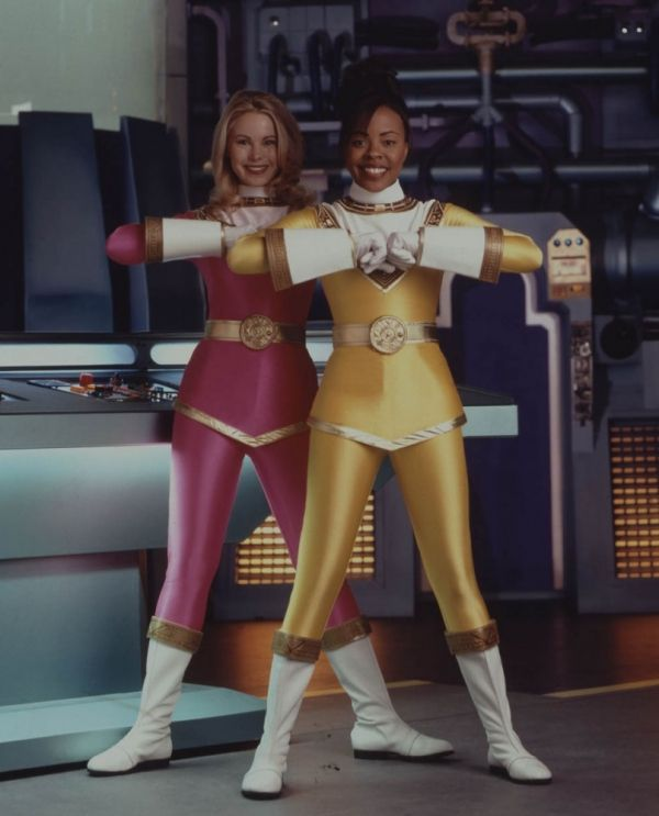 Pink and Yellow Ranger at ready, from Power Rangers Zeo