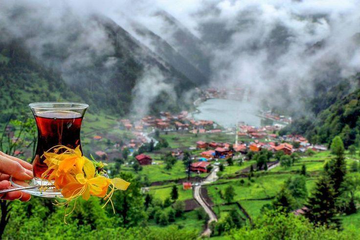 Uzungöl (Long Lake), Çaykara, Trabzon ⛵ Eastern Blacksea Region of Turkey ⚓ Östliche Schwarzmeerregion der Türkei #karadeniz #doğukaradeniz #trabzon #طرابزون #ტრაპიზონი #Tрабзон #travel #city #nature #landscape #ecotourism #mythological #colchis #thegoldenfleece #thecolchiandragon #amazonwarriors #tzaniti (Photo: Nur Yüksel)