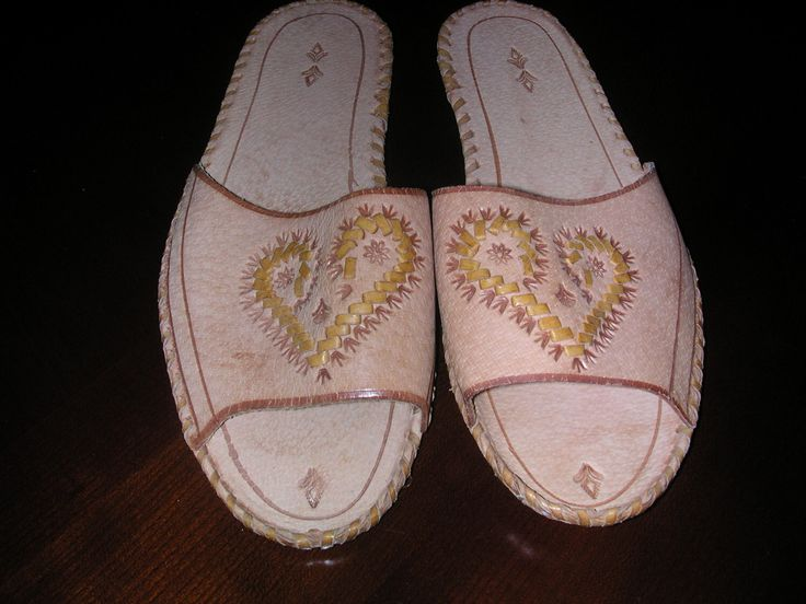 Women's Leather Slippers - Size 6-7 by VioletsKnitwear on Etsy https://www.etsy.com/listing/81570386/womens-leather-slippers-size-6-7