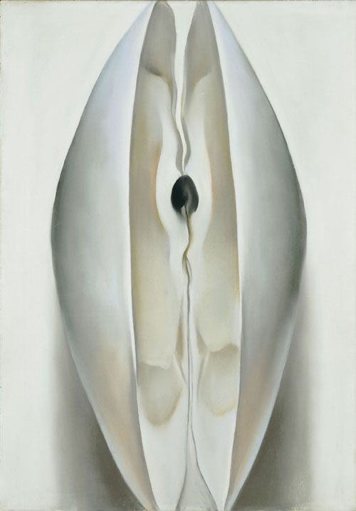 Georgia O'Keeffe (American, 1887-1986), Slightly Open Clam Shell, 1926. Pastel on white ground on paperboard, 18 ½  x 13 in. Wadsworth Atheneum Museum of Art, Hartford, CT