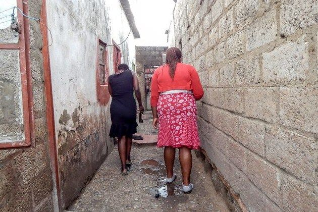 Zimbabwean Women, Unable to Find Employment, Turn to the Sex Trade in Zambia - http://zimbabwe-consolidated-news.com/2017/04/18/zimbabwean-women-unable-to-find-employment-turn-to-the-sex-trade-in-zambia/