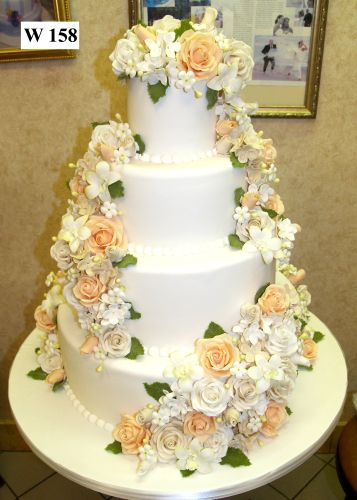 how much are wedding cakes from carlo s bakery 123 best images about carlo s bakery on 15432