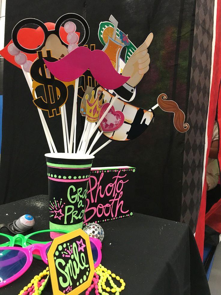 Photo Booth. Glow in the dark! www.createabash.com