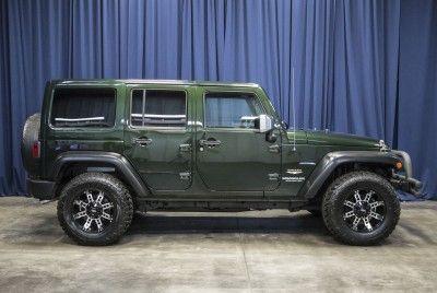 2011 Jeep Wrangler Unlimited Sahara 4x4 - JK