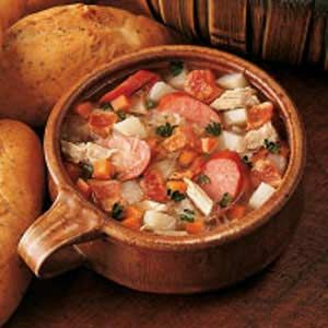 GERMAN SAURKRAUT SOUP ~ INGREDIENTS ~ Ingredients 2 pounds pork spareribs 3 quarts water 2 cups diced peeled potatoes 2 carrots, chopped 1 teaspoon salt 1/2 teaspoon pepper 4 cups sauerkraut, rinsed and drained 1 pound smoked sausage, cut into 1-inch slices 5 bacon strips, diced 1 large onion, chopped ~~