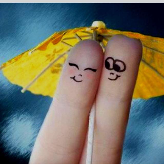 cute finger art! | Finger art, Funny love pictures, Finger
