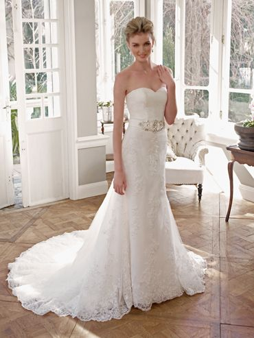 mia solano wedding gown. this is absolutely perfect