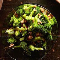 Walnut & Cranberry Broccoli Salad (A)  substitute sugar to stevia  DELICIOUS