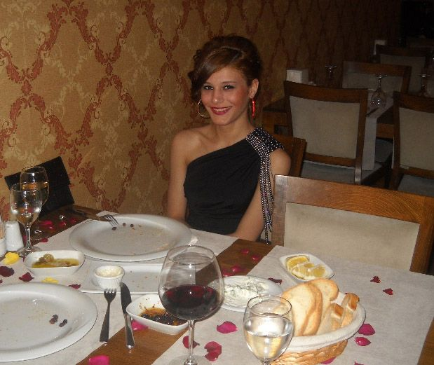 escorte girls dinner date
