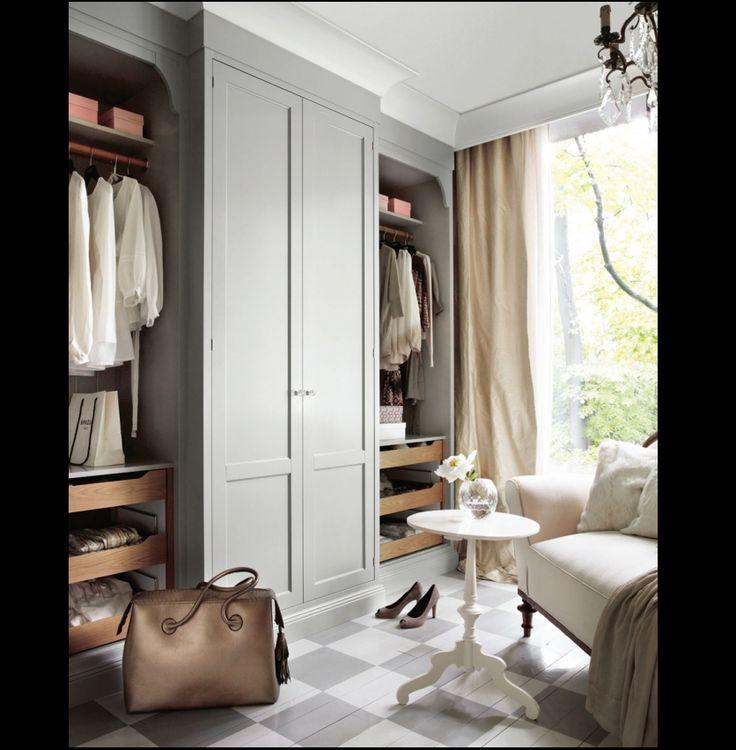 Lovely Small Master Bedroom Closet Ideas