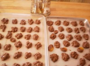 1/2  recipe of Crock Pot Candy (Mr. Bud Candy)