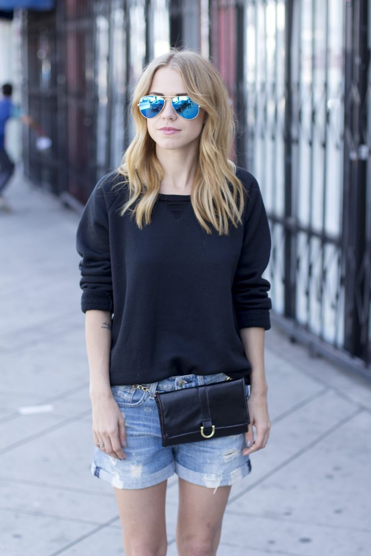 Hipsters for Sisters 90s Fanny Pack // LNA Cabin Pullover