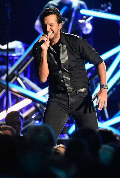 Luke Bryan Photos Photos - Luke Bryan performs onstage at the 50th annual CMA Awards at the Bridgestone Arena on November 2, 2016 in Nashville, Tennessee. - The 50th Annual CMA Awards - Show