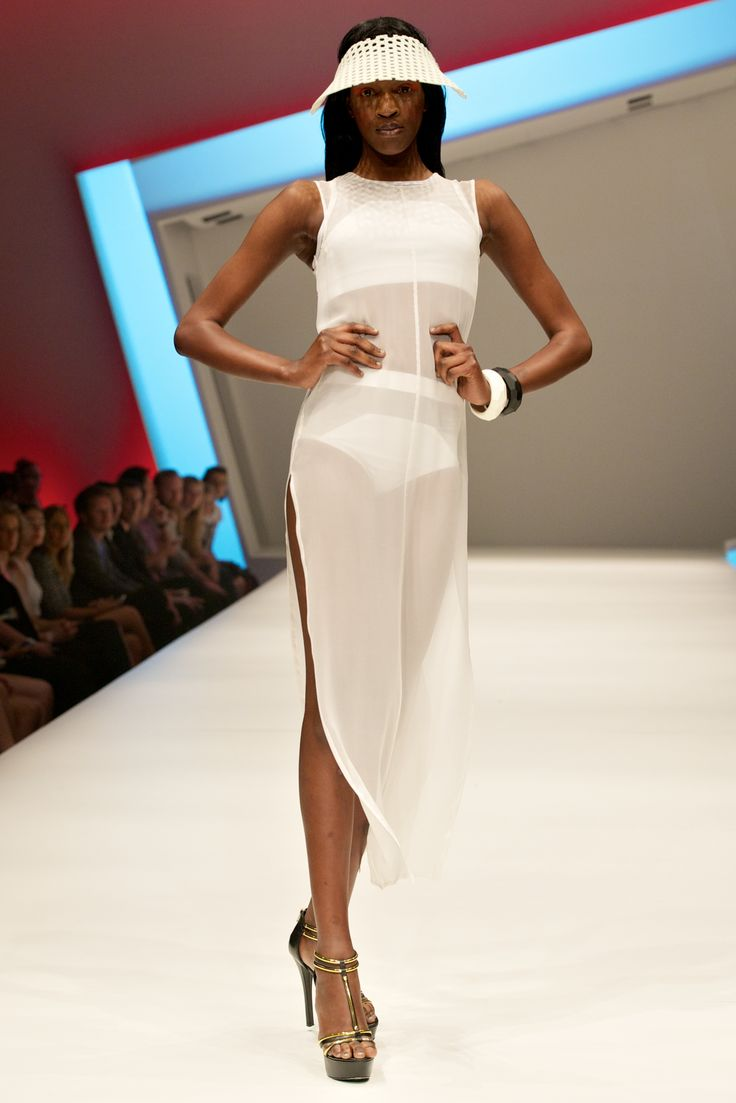 #MSFW Designer Runway 2 Designer: @christinaexie  Image by WeAreHobo Photography