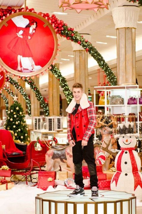 Justin Bieber new video with Mariah Carey