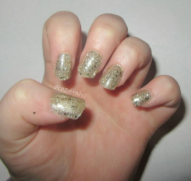 Kiss Gel Fantasy Ready-To-Wear Gel Nails in Faux Real #nails #beauty #mani #manicure #nailpolish #nailcolor #nailcolour #nailvarnish #nailenamel #colour #color #polish #varnish #enamel #gold #glitter #goldglitter #goldmani #goldmanicure #goldnails #glittermanicure #glittermani #glitternails #kiss #kissnails #false #fake #fakenails #falsenails #goldglitternails #goldglittermani #goldglittermanicure #drugstore #short #shortnails #shortmani #shortmanicure #gel