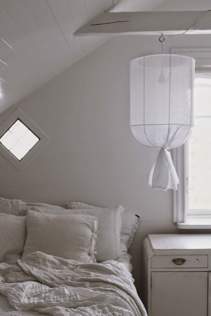 easy enough to make with a lampshade frame