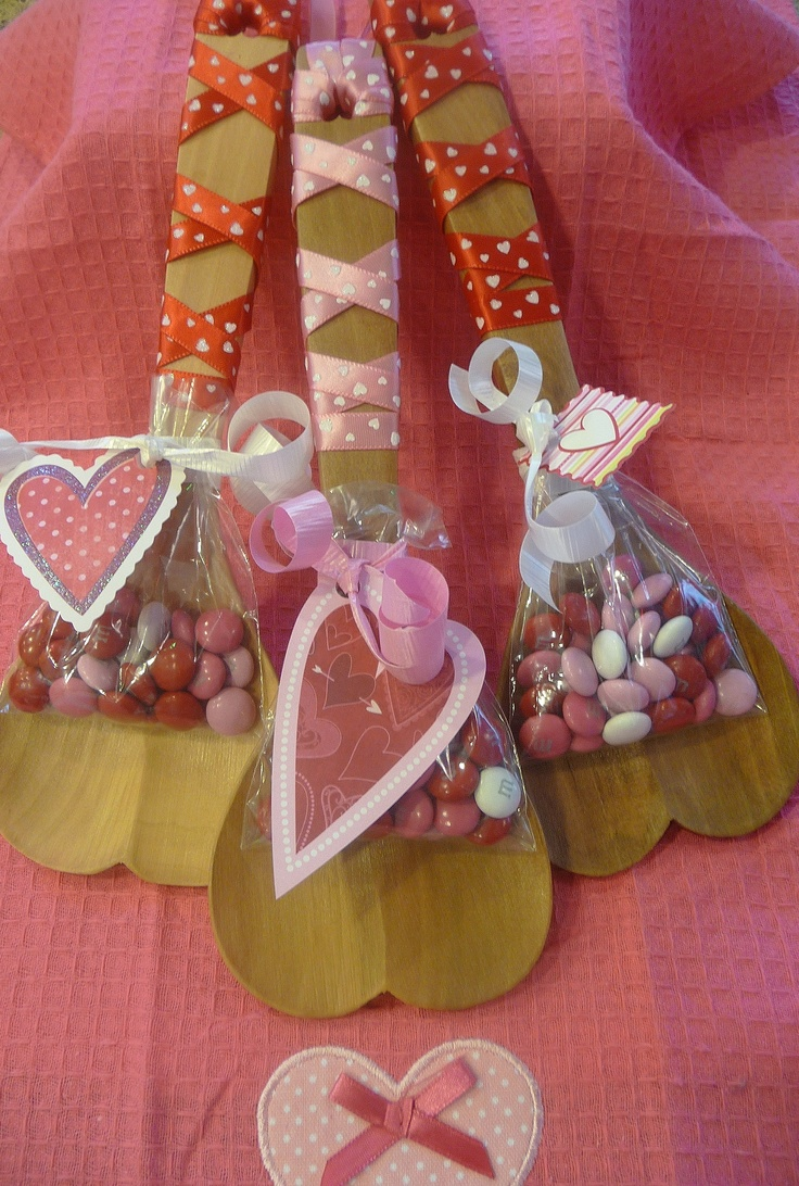 17 best images about wooden heart craft ideas on pinterest for Wooden hearts for crafts