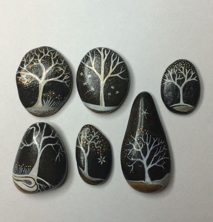 Galets peints - lot de 6 arbres by Coeur de pierre