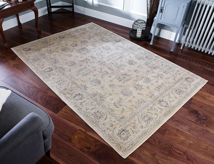 With impressive flatweave construction and a beautiful floral pattern, this Nyla Floral Rug is an ideal rug for contemporary room settings. #floralrugs #flatweaverugs #largerugs #viscoserugs #shinyrugs