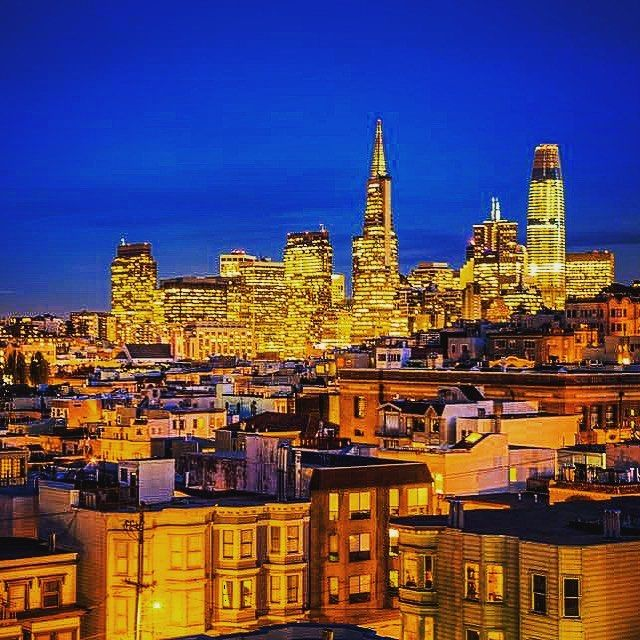 #Sf #sfbay #sanfrancisco #sanfran #sfgiants #sf #bayarea #sanfranciscopride #sanfranciscobay #sanfranciscobayarea #skyscraper #skyscrapers #nightlife #thecity #citylife #nightlife #sflife #sflove #sfliving #sflifestyle #sfphotographer #sfphotos #cityscape #citysilhouette #sunset #beauty #beautiful #downtown #urban #city #nbcbayarea @nbcbayarea