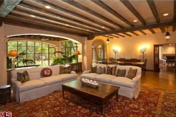 Nice!Gibson Malibu, Malibu Retreat, Mel Gibson, Actor Longtime, Luxury Estate, Tours Mel, Eating House, Longtime Malibu, Malibu Estate