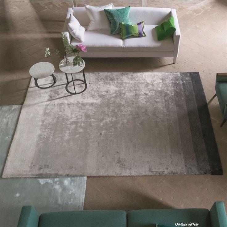 Szary dywan z efektem #ombre to doskonała propozycja do współczesnego salonu.