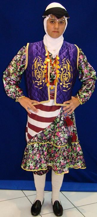 Traditional costume from the Ordu province.  Clothing style: rural, 1950-1975.  This is a recent workshop-made copy, as worn by folk dance groups.