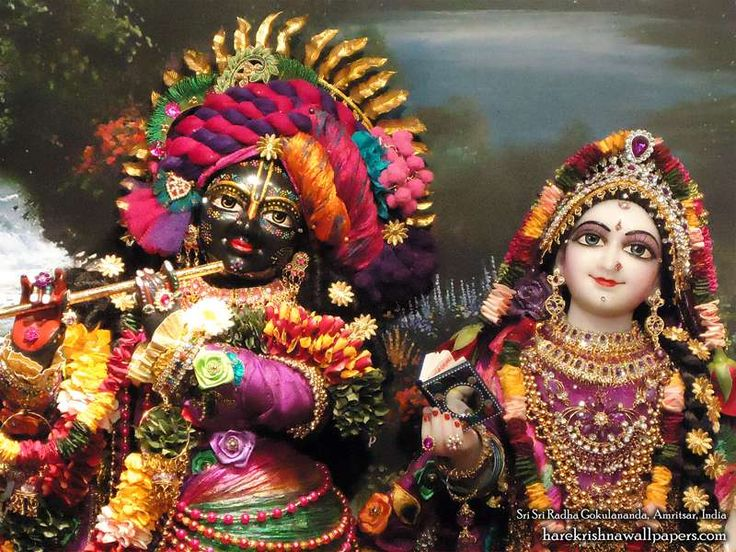 http://harekrishnawallpapers.com/sri-sri-radha-gokulananda-close-up-iskcon-amritsar-wallpaper-003/